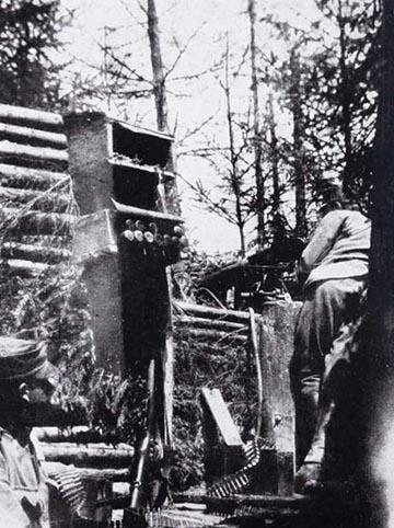 Figyelő honvéd a Dadulon lévő állásban 1917 tavaszán