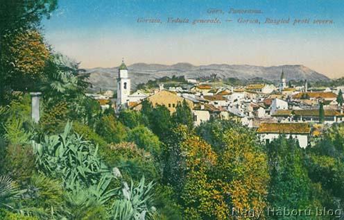 Görz panorámája korabeli képeslapon, háttérben a Monte Sabotino