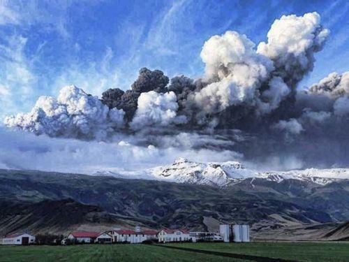 vulcao_eyjafjallajokull.jpg