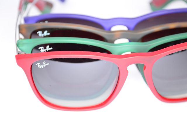 Gafas de sol rayban youngster de colores