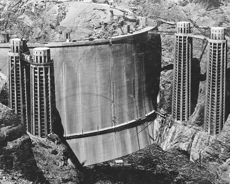 750px-Damupstream.jpg