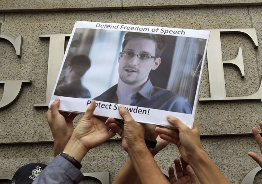 SnowdenProtest.jpg