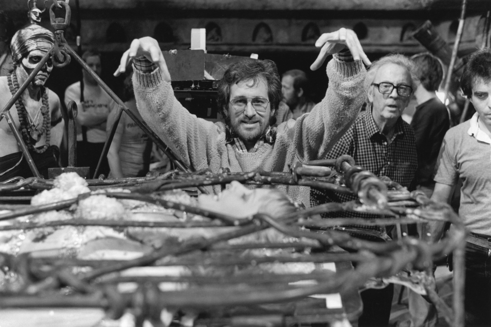 indiana-jones-and-the-temple-of-doom-1984-004-steven-spielberg-arms-over-cage-00n-jrt.jpg