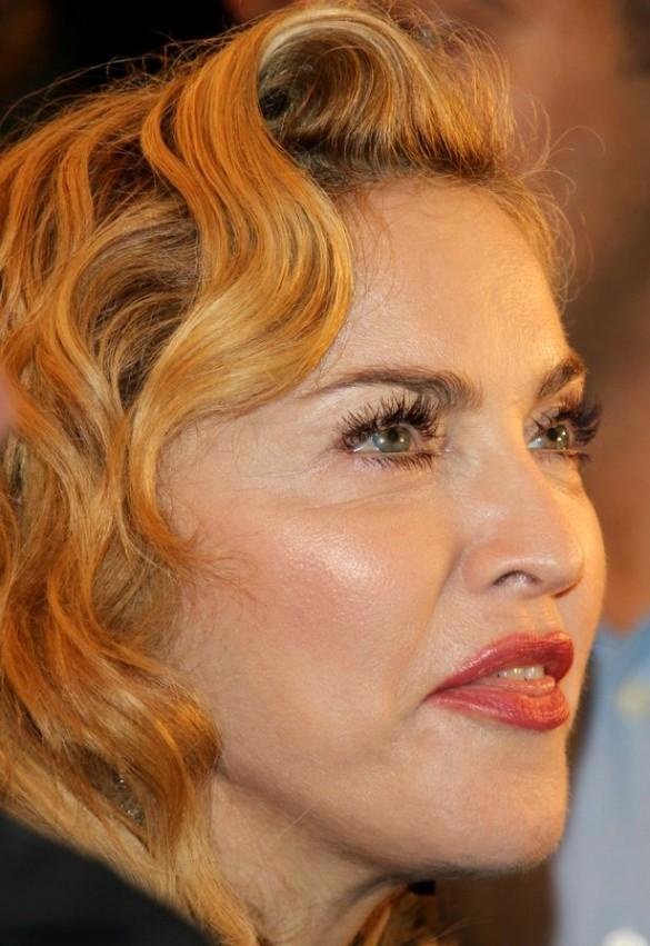 1-Madonna Berlin.jpg