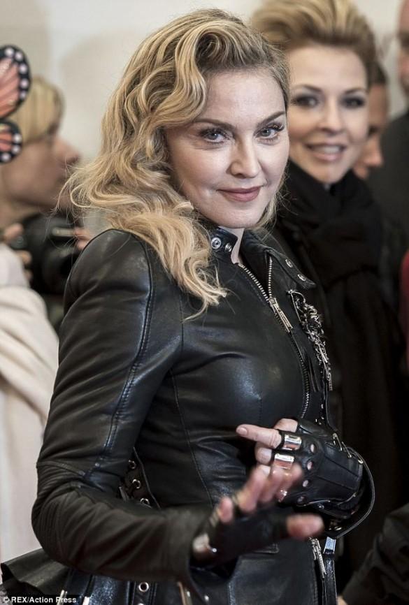 6-Madonna Berlin.jpg