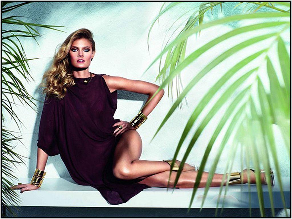 Estee-Lauder-Bronze-Goddess-Summer-2014-Promo.jpg