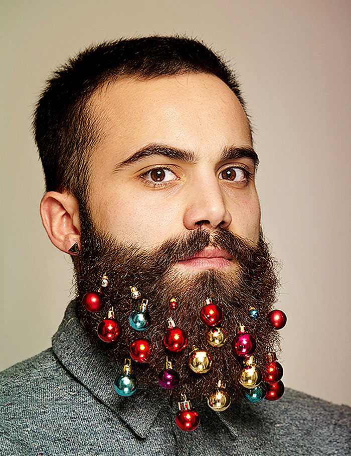 beard-baubles-christmas-decoration-11.jpg
