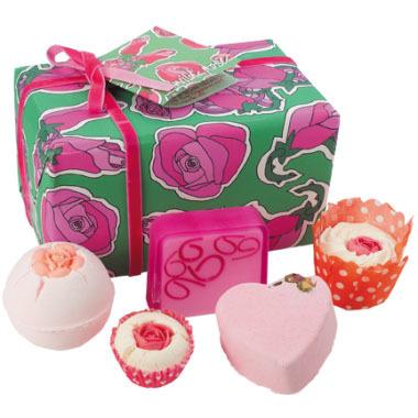 bomb vad rózsák ajándékcsomag.jpg
