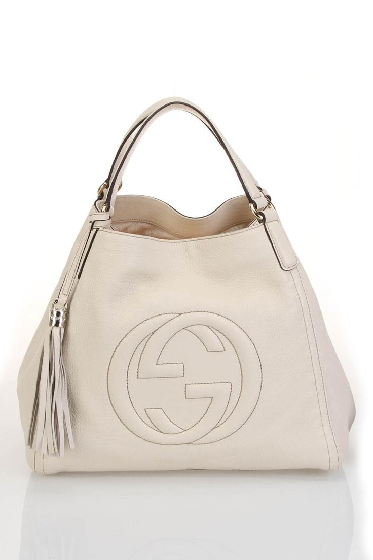 fehér gucci táska.jpg