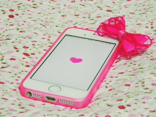 rózsaszín iphone.jpg