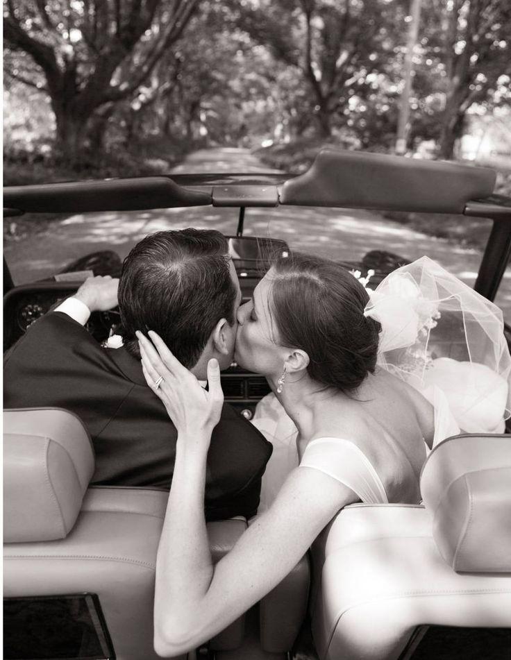 vidám vasárnap wedding.jpg