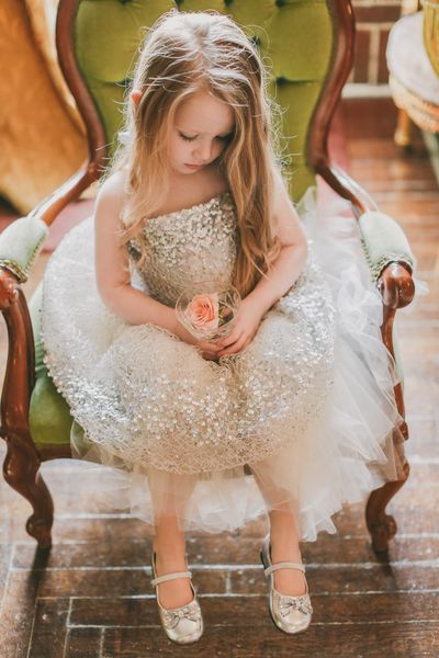 virágos kislány.jpg