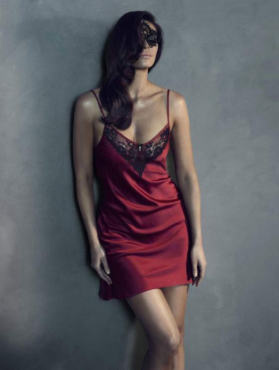 561x745xfifty-shades-grey-lingerie4.jpg.pagespeed.ic.R7Idzw7D_B.jpg