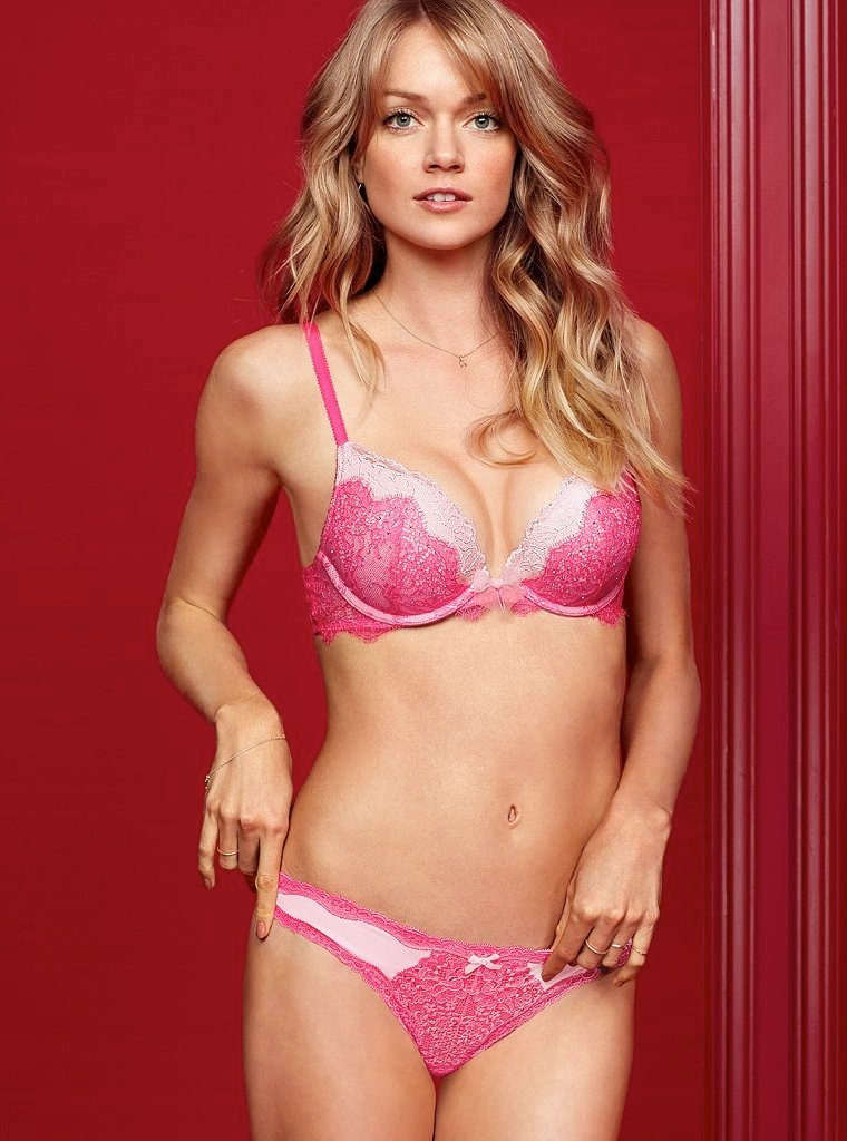 760x1024xvictorias-secret-valentines-day21.jpg.pagespeed.ic.Zi30iReICw.jpg