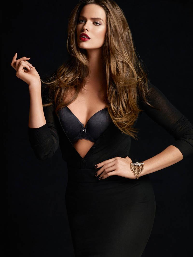 800x1065xchantelle-lingerie-fall1.jpg.pagespeed.ic.z0UEgQlKwk.jpg
