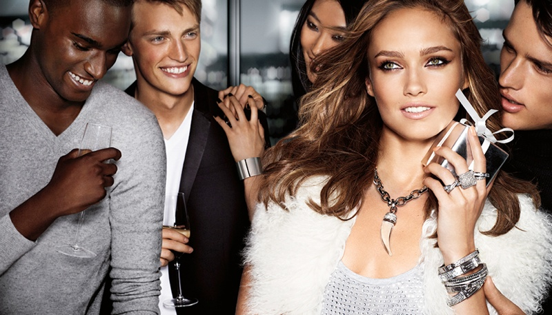 800x457xmichael-kors-holiday4.jpg.pagespeed.ic.u3cUbDcln2.jpg