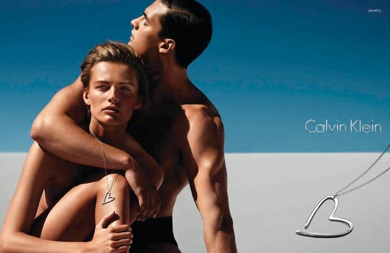 800x518xcalvin-klein-jewelry-watches-spring-campaign1.jpg.pagespeed.ic.j5a38hT7vp.jpg