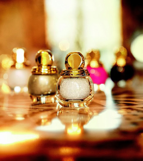 Dior-Golden-Winter-Collection-Holiday-2013-Promo.jpg