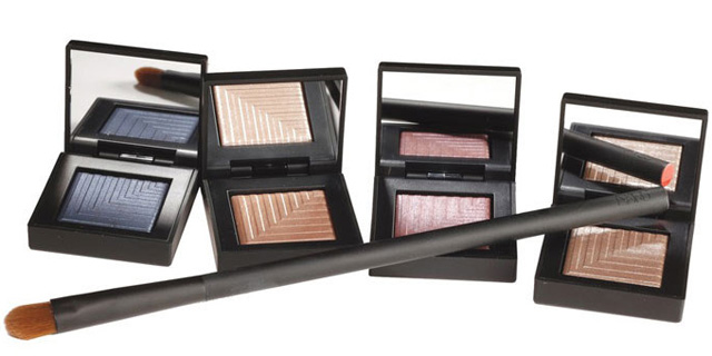 Dual-Intensity-Eyeshadow-3.jpg