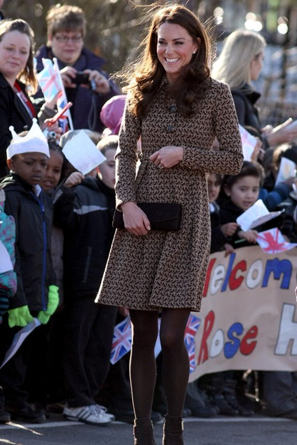 DuchessofCambridge_V_21feb12_pa_b_426x639.jpg