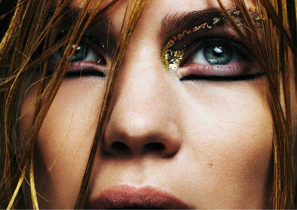 Iron-Lady-for-Twenty6-Magazine-4.jpg