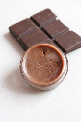 csokis szájbalzsam1.jpg