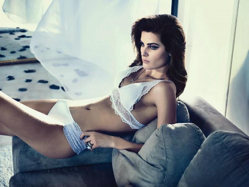 isabeli-fontana-lingerie-campaign2-800x599.jpg