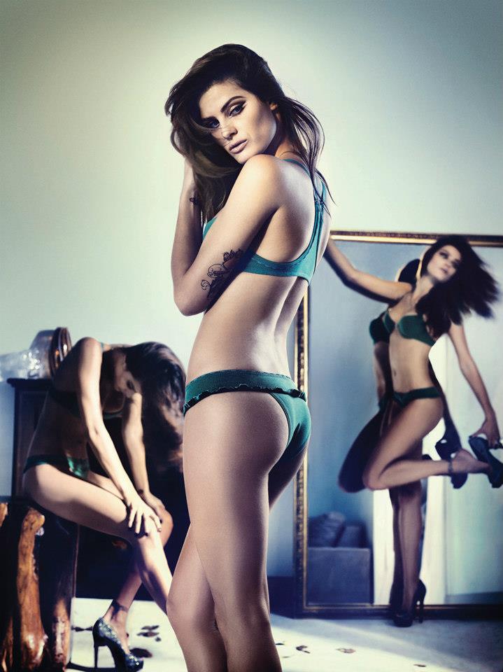 isabeli-fontana-lingerie-campaign4.jpg
