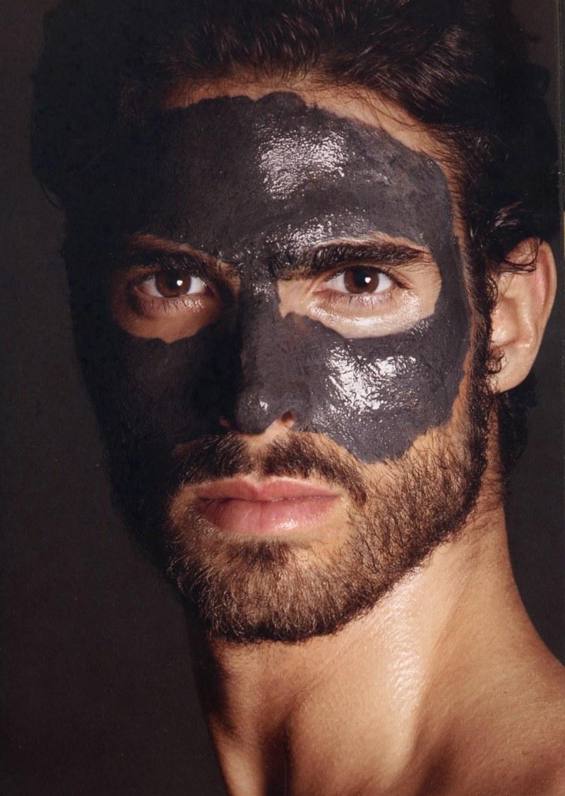 juan-betancourt-by-tom-ford-for-tom-ford-for-men-skincare-and-grooming-2.jpg