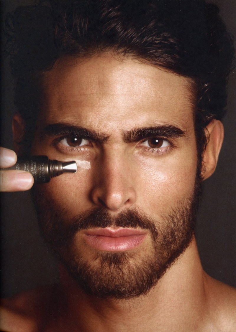 juan-betancourt-by-tom-ford-for-tom-ford-for-men-skincare-and-grooming-5.jpg