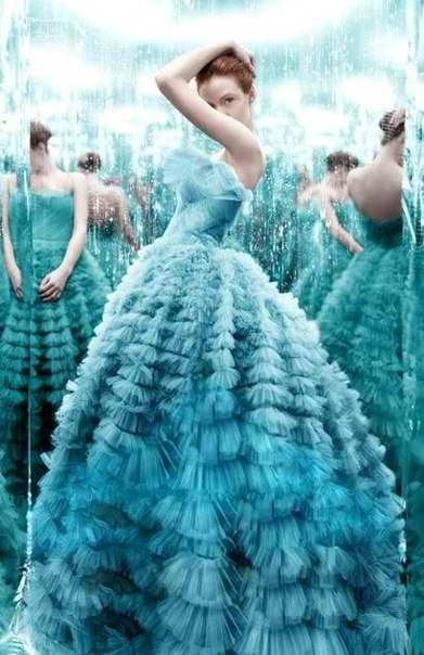 kék ruha.jpg