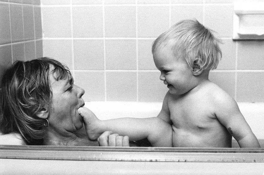 mothers-photography-family-ken-heyman-25.jpg