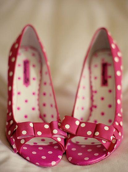 pöttyös cipő.jpg