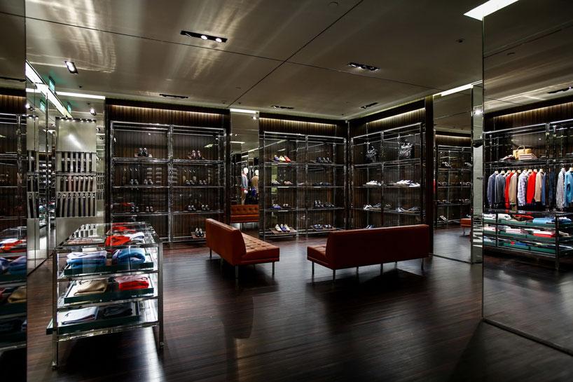 prada-opens-its-first-store-in-nanning-china-designboom-02.jpg