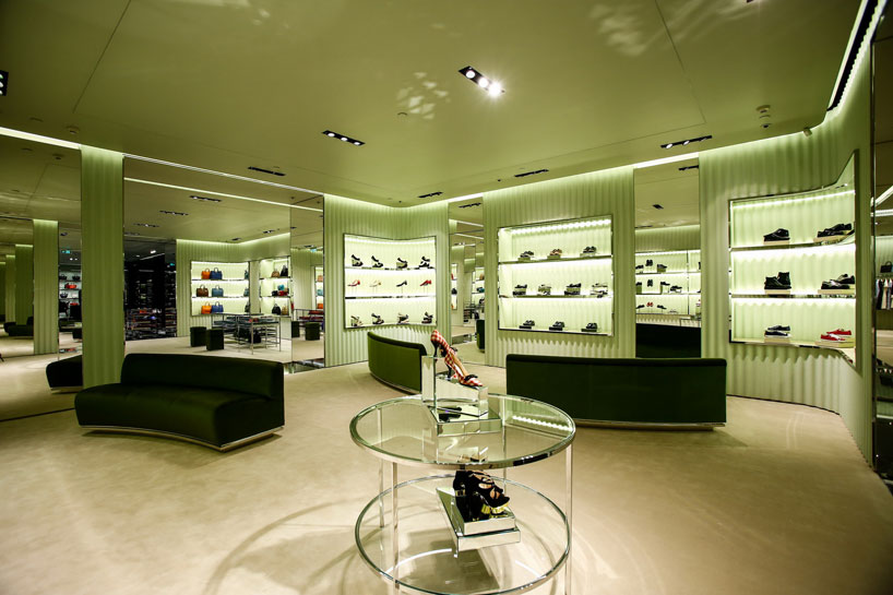 prada-opens-its-first-store-in-nanning-china-designboom-04.jpg