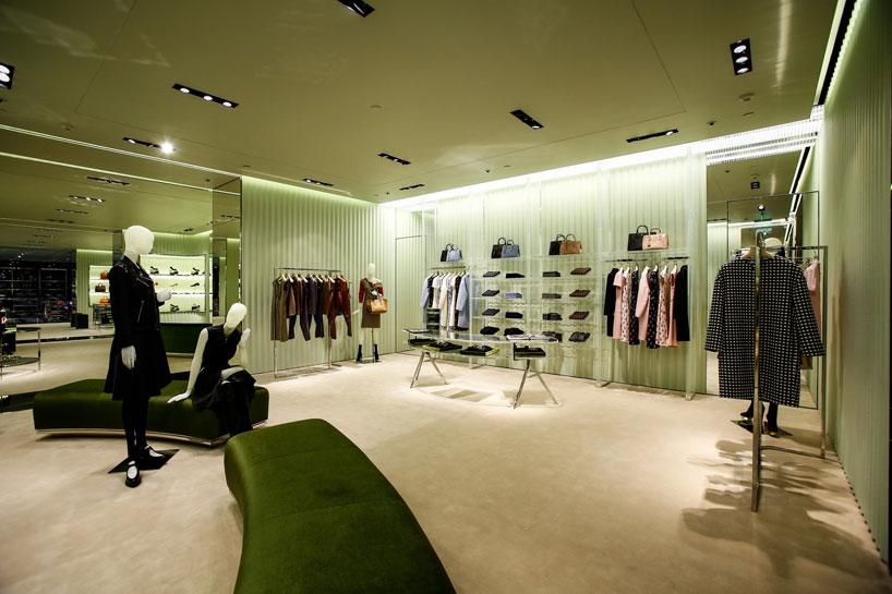 prada-opens-its-first-store-in-nanning-china-designboom-05_1.jpg