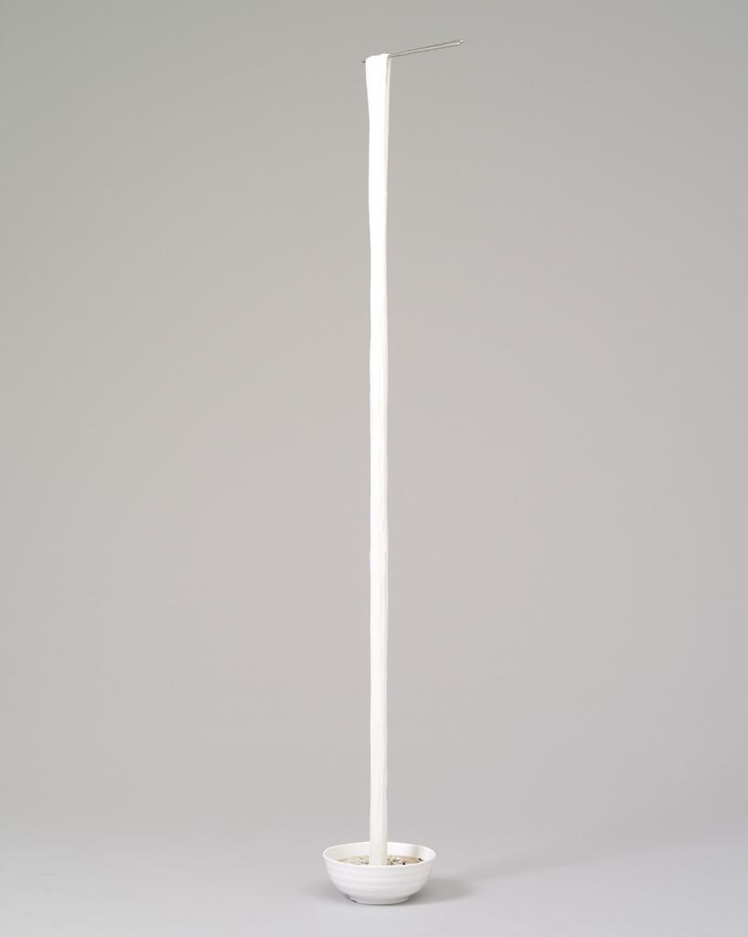 seung-yul-oh-suspends-hyper-realistic-resin-noodle-sculptures-designboom-01.jpg