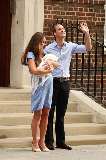 william-kate-baby-vogue-2-23jul13-pa_b_426x639.jpg