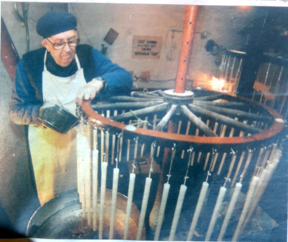 Marosán Gyuri bácsi munka közben(1).jpg