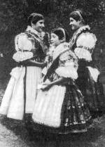 Püspökbogádi női viselet