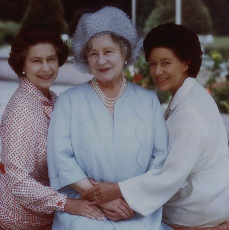 queen_elizabeth_ii_queen_elizabeth_the_queen_mother_princess_margaret_1980.jpg