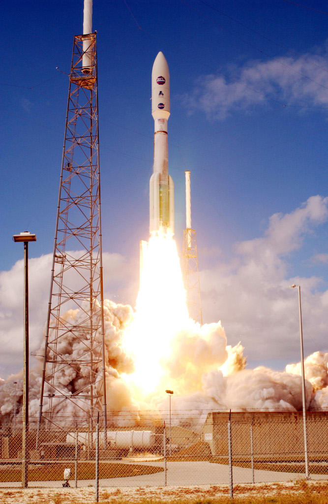 atlas_v_551_roars_into_blue_sky.jpg