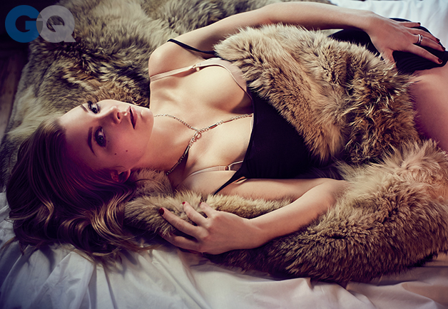 1396292844940_natalie-dormer-gq-magazine-april-2014-game-of-thrones-sexy-women-photos-04.jpg