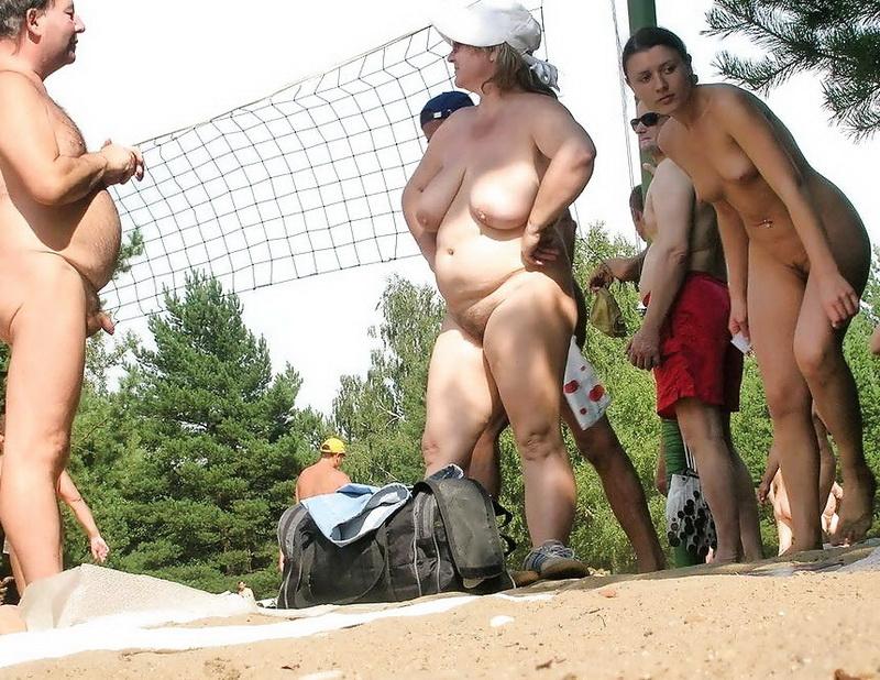 foto-ogromnie-zhopi-v-bodi-stringah-porno