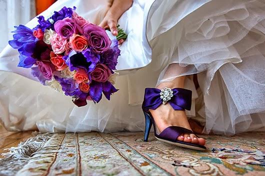 Wedding+Shoes+ideas+purple+bouquet+13.jpg