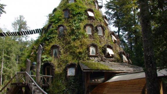 the-magic-mountain-hotel.8662.large_slideshow.jpg