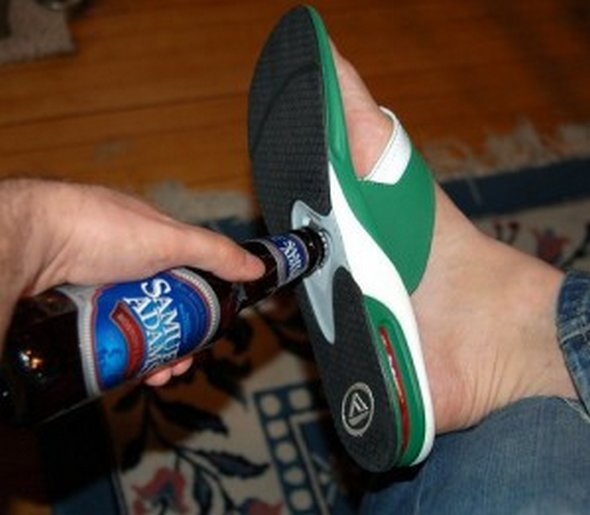 33-weird-and-funny-gadgets-05.jpg