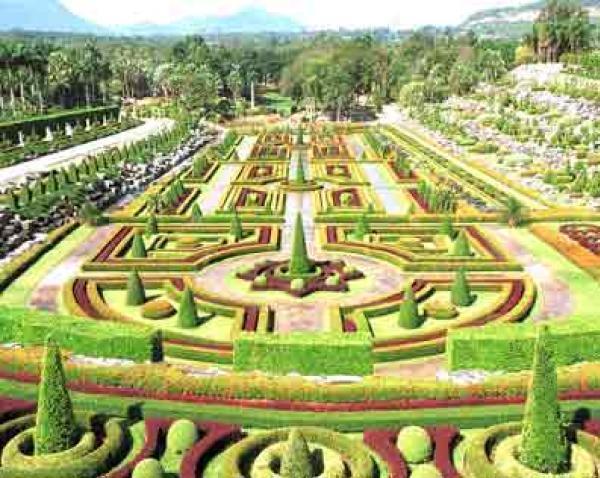 Nong-Nooch-Tropical-Botanical-Garden-165838.jpg