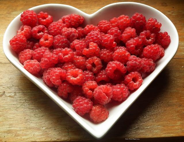 raspberries-215858_640.jpg