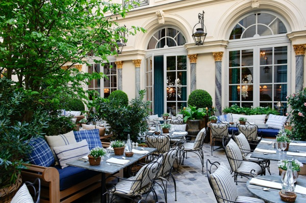 St Germain 2_courtyard-1 (2).jpg